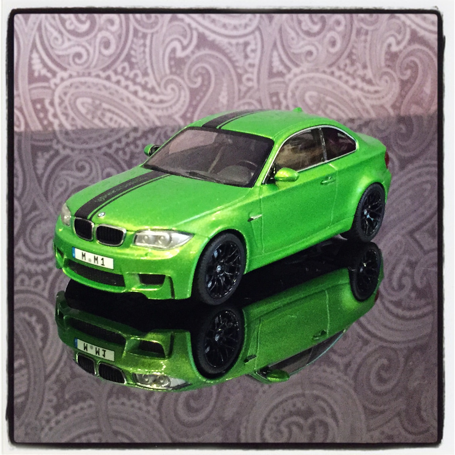 BMW 1M coupe (E82) 2011, Java green, le 1 of 528pcs. (Minichamps)