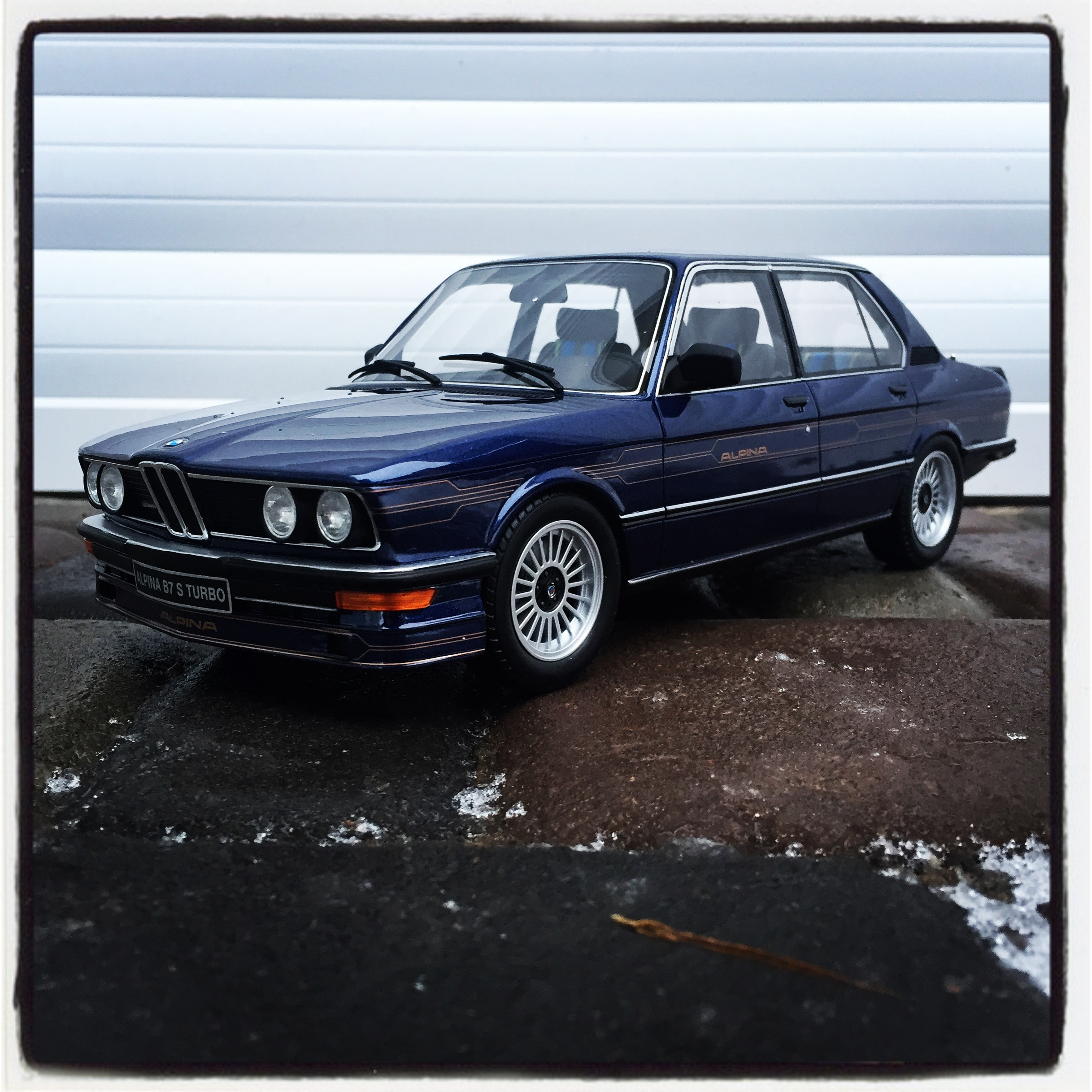 Alpina B7 S turbo (E12) 1981, dark blue, le 645 of 2,000pcs. (otto)