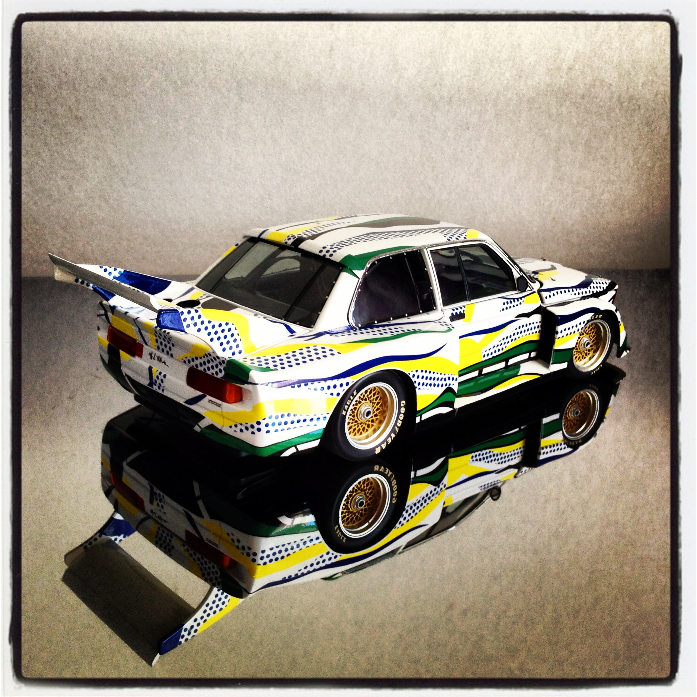 BMW 320i group 5, Roy Lichtenstein, 1977 (minichamps)