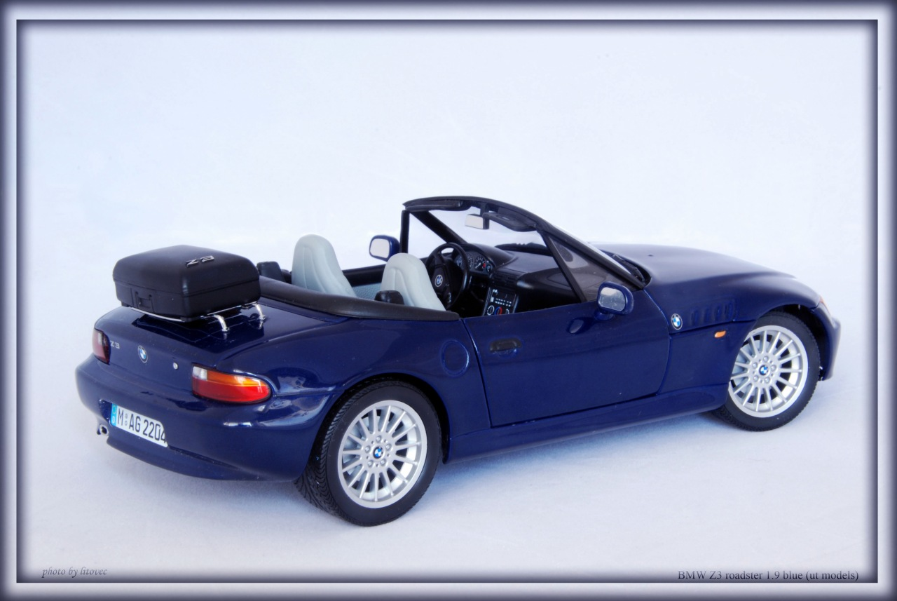 BMW Z3 roadster (E36) 1.9 blue (ut)