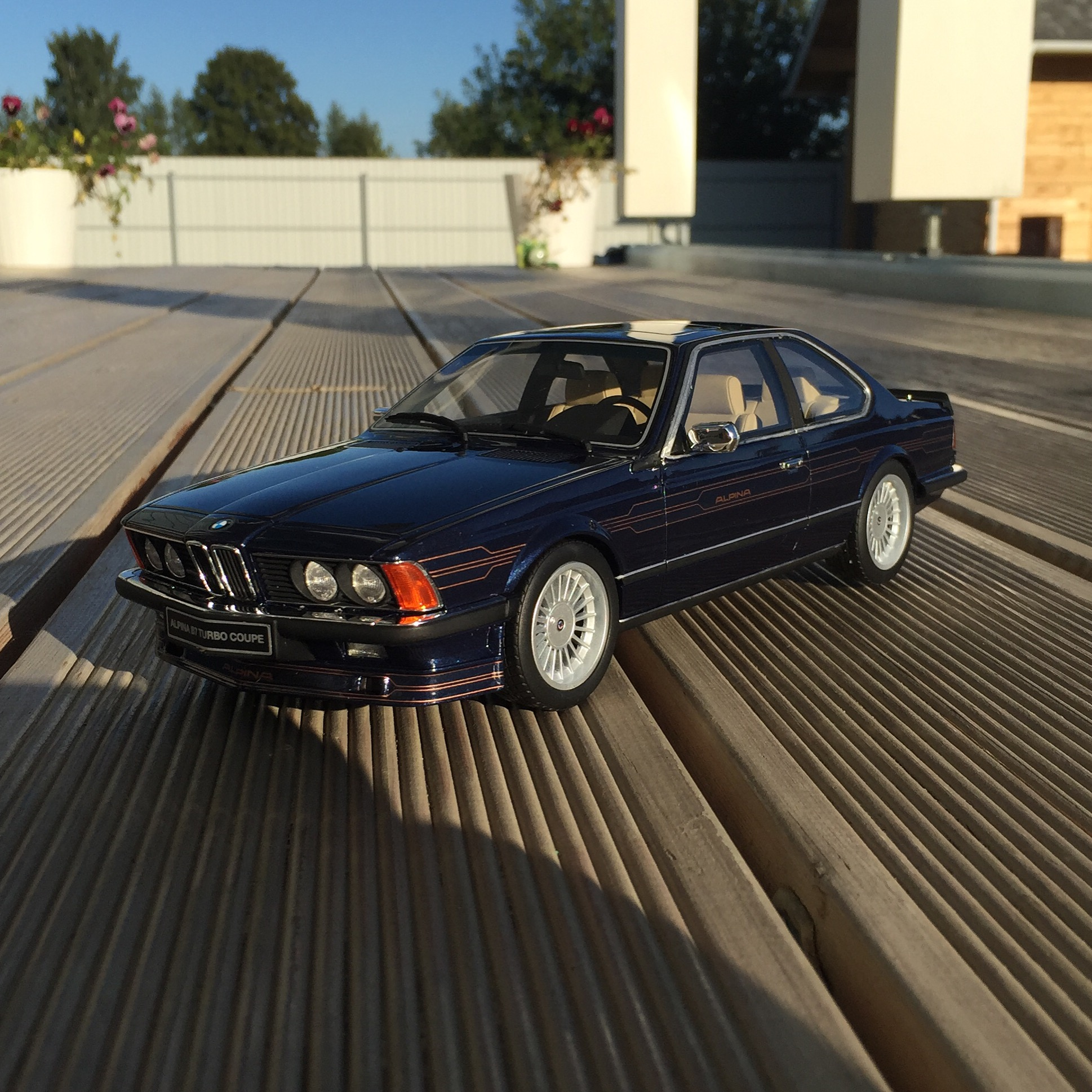 Alpina B7 (E24) Turbo coupe, le 1613 of 3,000pcs. (otto)